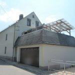 Anbau mit Garage und Terrasse