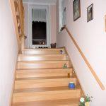 Treppe zum ausgebauten DG und Zugang zur Dachterrasse1