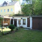 Garten mit Garage und Schuppen
